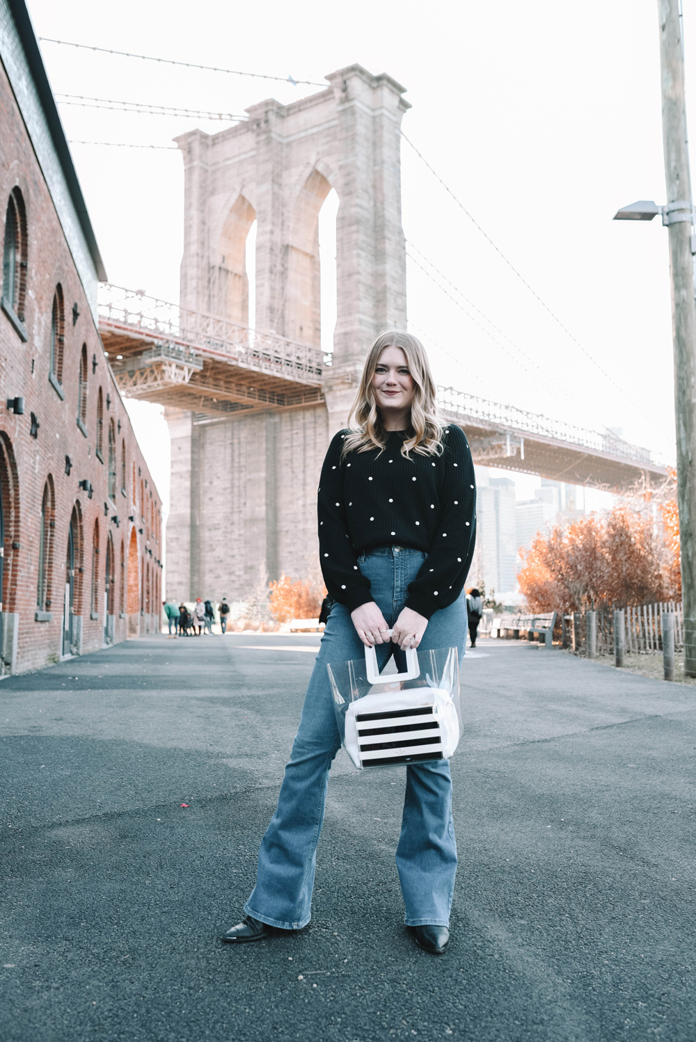 911e10fc5ab64b How to Style Flare Jeans